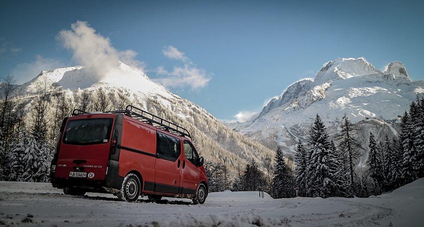 Raf, vanlifer à temps complet en Suisse, nous raconte son mode de vie