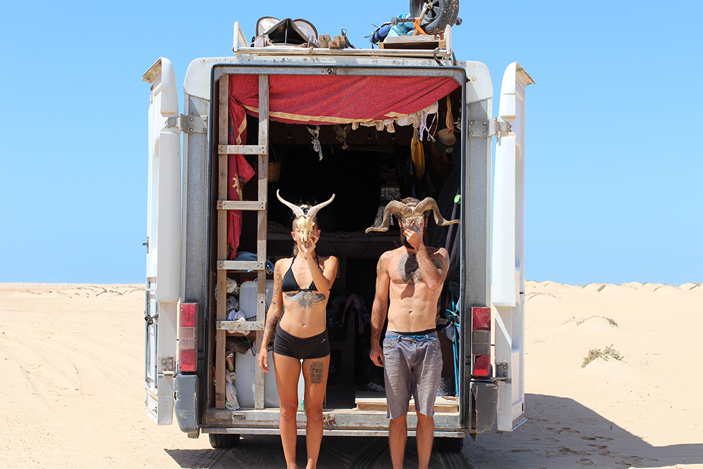 Cindy et Alex, vanlifers & kitesurfers explorateurs